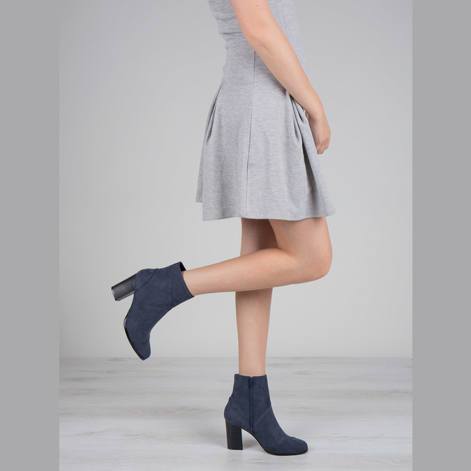 Ladies' blue ankle boots bata, blue , 799-9615 - 18